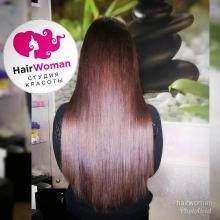 200 прядей 60 см. Длина своих волос у девушки до лопаток. Стоимость 45000 рублей.